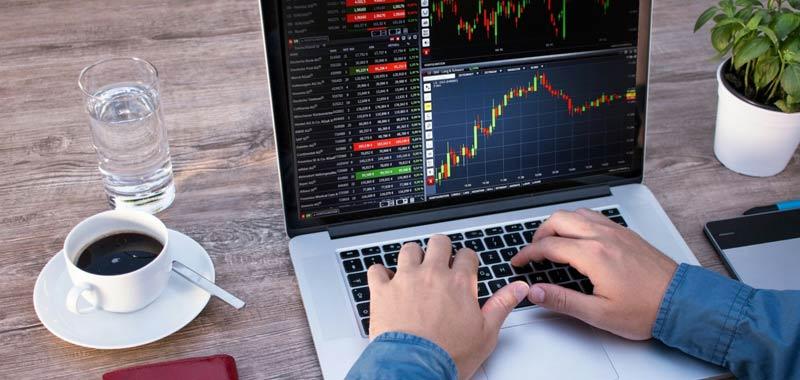 Commerzbank invita gli investitori a vendere i btp italiani